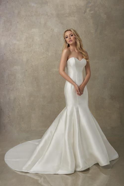 bridal-gowns-jacquelin-bridals-canada-24781