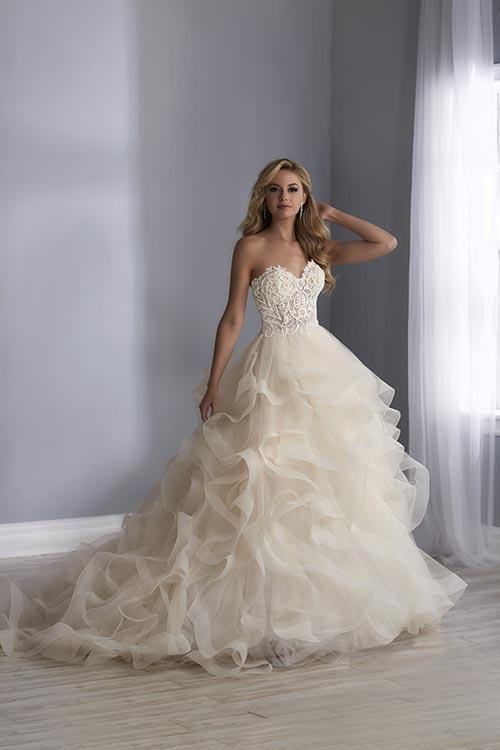 bridal-gowns-jacquelin-bridals-canada-25508