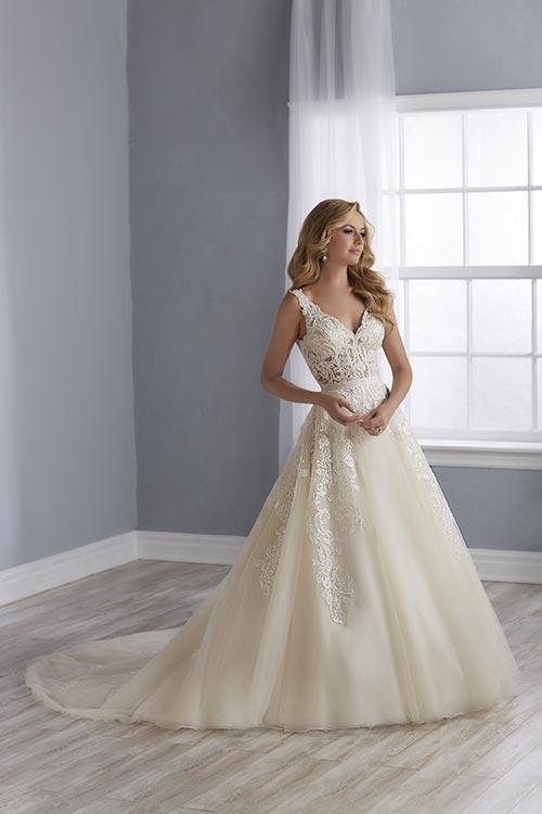 bridal-gowns-jacquelin-bridals-canada-25520