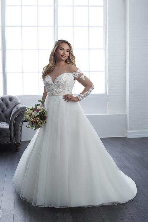 bridal-gowns-jacquelin-bridals-canada-25603