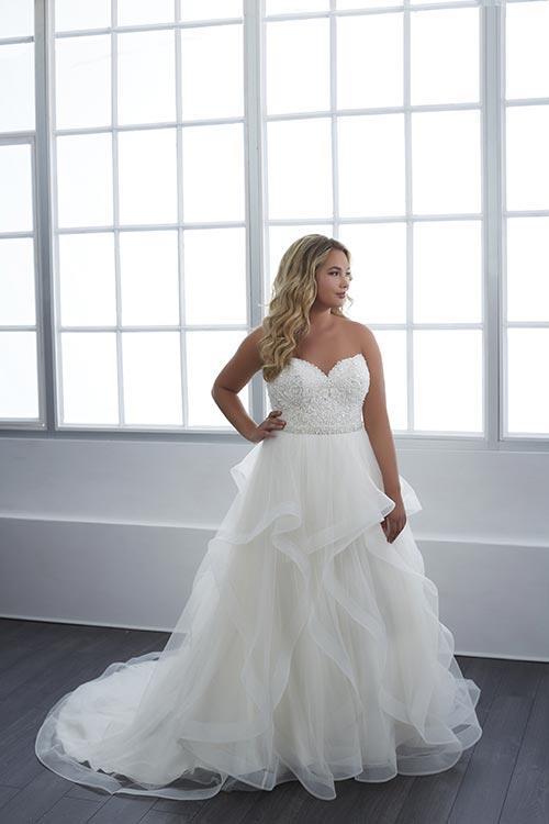 bridal-gowns-jacquelin-bridals-canada-25605