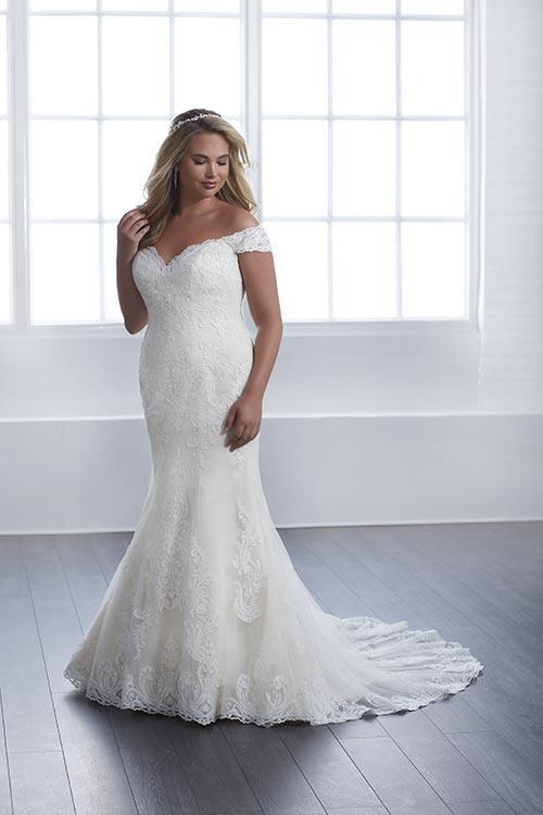 bridal-gowns-jacquelin-bridals-canada-25606